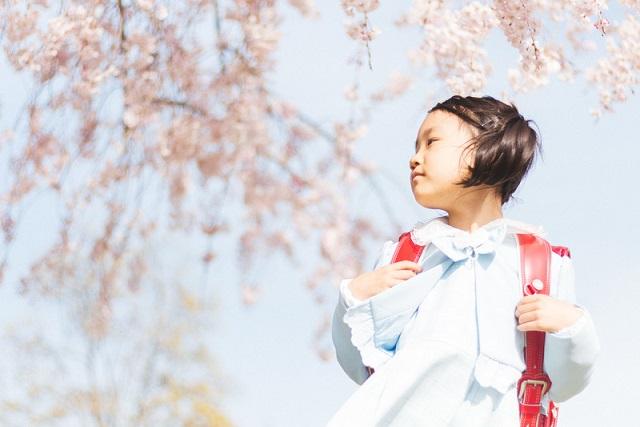 桜と新一年生